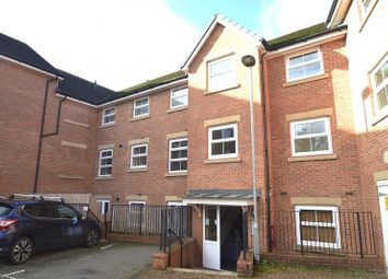 Crouch Gardens, Buntingford SG9. 2 bed flat for sale