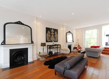 Thumbnail 3 bed flat to rent in Cromwell Crescent, Kensington