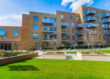 Thumbnail 2 bed flat to rent in Smithfield Square, Harringay, London N87Fe