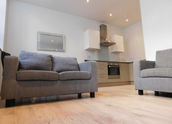 2 bed flat to rent in 2 Mill Street, City Centre, Bradford BD1