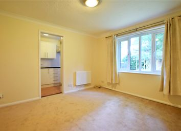 1 bed flat to rent in Pennyroyal Court, Reading, Berkshire RG1