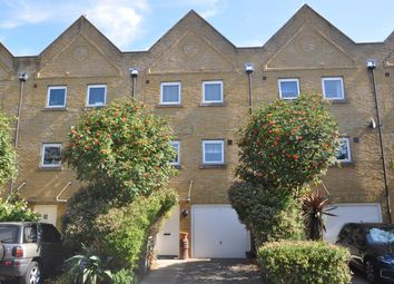 Thumbnail 4 bed town house to rent in Wharfside Close, Erith