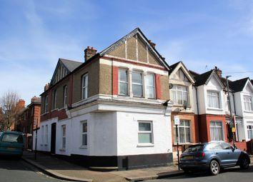 Thumbnail Studio to rent in Chertsey Street, London