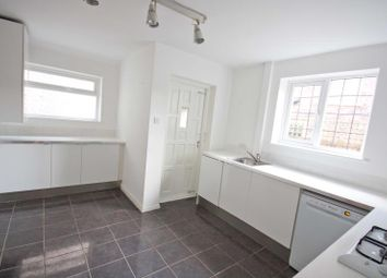 Thumbnail 3 bedroom detached house to rent in 10 Breckhill Road, Woodthorpe, Nottingham