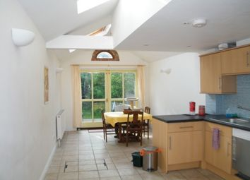 Thumbnail 2 bedroom terraced house to rent in Princes Street, Oxford