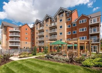 Bitterne Park, Southampton, Hampshire SO18. 1 bed flat for sale