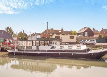 Thumbnail 3 bed mobile/park home for sale in Standard Quay, Faversham, Kent