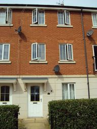 Thumbnail 5 bedroom terraced house to rent in Dragon Road, Hatfield