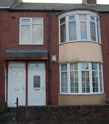 2 bed maisonette to rent in Blackwell Avenue, Walker, Newcastle Upon Tyne NE6