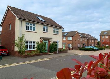 4 bed property to rent in Tinding Drive, Cheswick Village, Bristol BS16