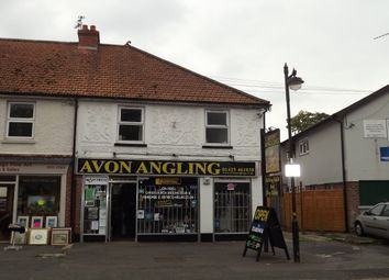 Thumbnail 1 bed flat to rent in West Street, Ringwood, Hampshire