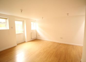Thumbnail 3 bedroom maisonette to rent in Chatsworth Road, Hackney