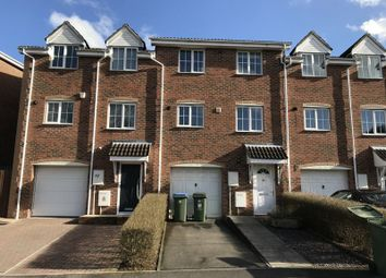 Thumbnail 3 bed town house to rent in Red Oaks Drive, Park Gate, Southampton