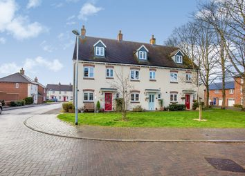 4 bed town house for sale in Clover Lane, Durrington, Salisbury SP4