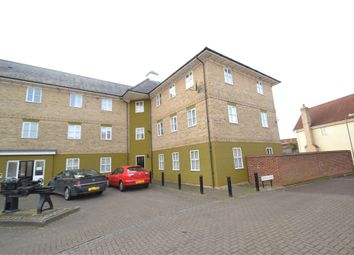 2 bed property to rent in Mascot Square, Colchester CO4