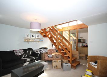 Thumbnail 1 bed terraced house to rent in Grange Street, Bridport Place, London