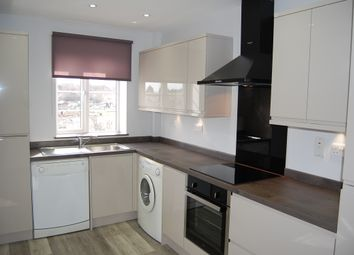 Thumbnail 1 bed flat to rent in Bushey Road, Raynes Park