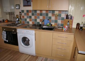 Thumbnail 1 bed property to rent in Regent Park Terrace, Hyde Park, Leeds