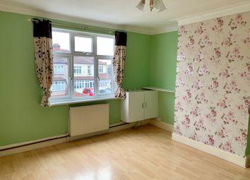 Thumbnail 2 bedroom maisonette to rent in Hornchurch Road, Hornchurch
