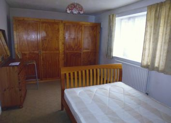 Thumbnail 1 bed flat to rent in Bensham Manor Road, Thornton Heath, Croydon