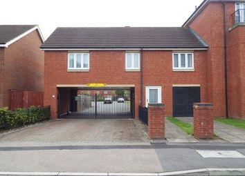 Thumbnail 2 bedroom flat to rent in Dunoon Drive, Wolverhampton