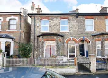 Thumbnail 1 bed flat to rent in Choumert Road, London