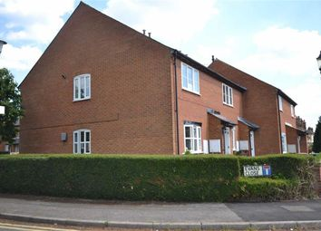 Thumbnail 1 bedroom maisonette to rent in Evans Close, Croxley Green, Rickmansworth Hertfordshire