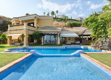 Thumbnail 4 bed villa for sale in Puerto Del Almendro, Benahavis