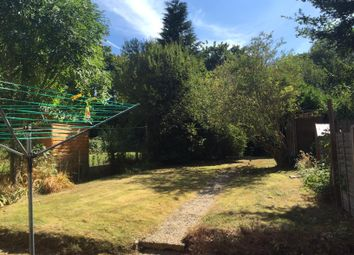 Thumbnail 5 bed property to rent in Garden Avenue, Hatfield