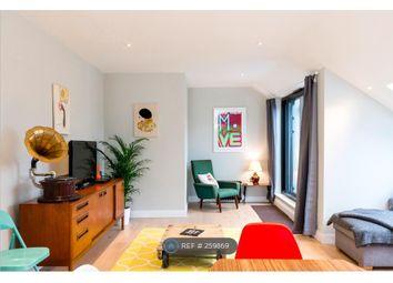 Thumbnail 2 bed flat to rent in Hanbury Street, London