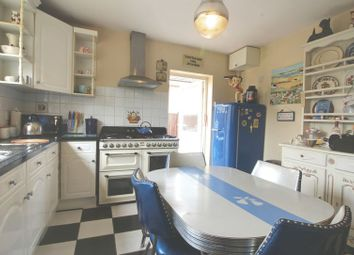 Thumbnail 3 bed bungalow to rent in Theobalds Road, Cuffley, Potters Bar