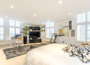 Thumbnail 4 bed flat to rent in Friern Barnet, Friern Barnet