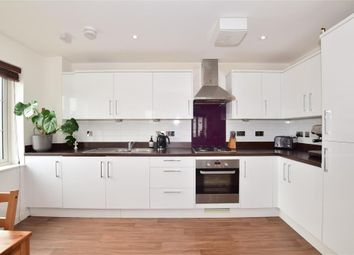 2 bed flat for sale in Crabapple Road, Tonbridge, Kent TN9