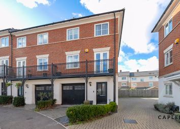 Thumbnail 3 bed town house for sale in Mowbray Close, Epping