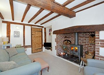 Thumbnail 3 bed cottage to rent in Milestone Cottage, High Street, Great Missenden