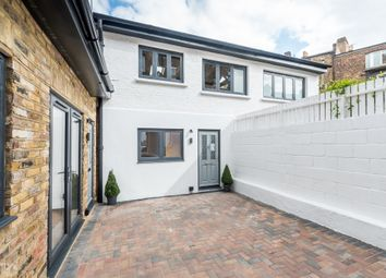 2 bed maisonette for sale in Gautrey Road, Nunhead, London SE15