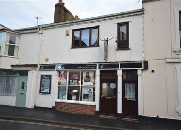 Thumbnail 3 bed flat to rent in Hollands Road, Teignmouth, Devon