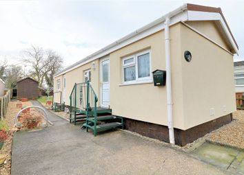 Thumbnail 1 bed property for sale in Main Avenue, Ashfield Park, Scunthorpe