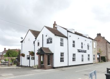 Pub/bar for sale in Main Street, North Nottinghamshire: West Stockwith DN10