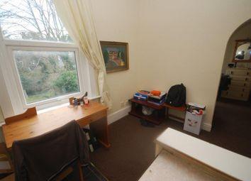Thumbnail 1 bed flat to rent in Moreton Road, Croydon