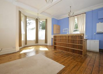 Thumbnail 1 bed flat to rent in Graham Road, Malvern