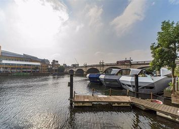 2 bed houseboat for sale in Old Bridge Street, Hampton Wick, Kingston Upon Thames KT1