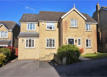 Thumbnail 5 bed detached house for sale in Hayfields Close, Keighley