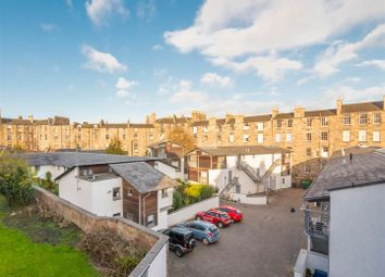 Thumbnail 2 bed flat for sale in Dublin Street Lane North, New Town, Edinburgh