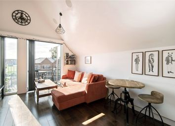 Palace Road, London SW2. 1 bed flat