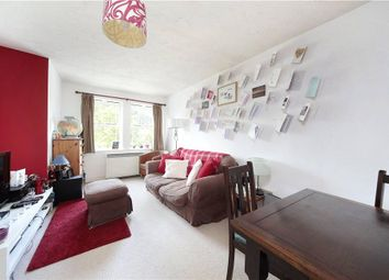 Thumbnail 1 bed flat to rent in Coates Avenue, Wandsworth, London
