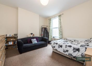 Thumbnail 4 bed flat to rent in Birkbeck Avenue, Acton, London