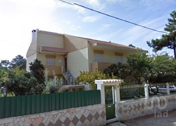 Thumbnail 8 bed detached house for sale in Charneca De Caparica E Sobreda, Charneca De Caparica E Sobreda, Almada