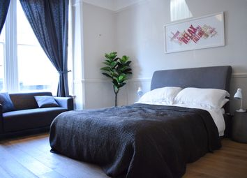 Thumbnail 2 bedroom terraced house to rent in Langdon Park Road, London
