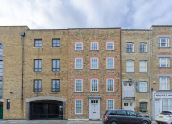 Thumbnail 2 bed flat for sale in Narrow Street, Limehouse